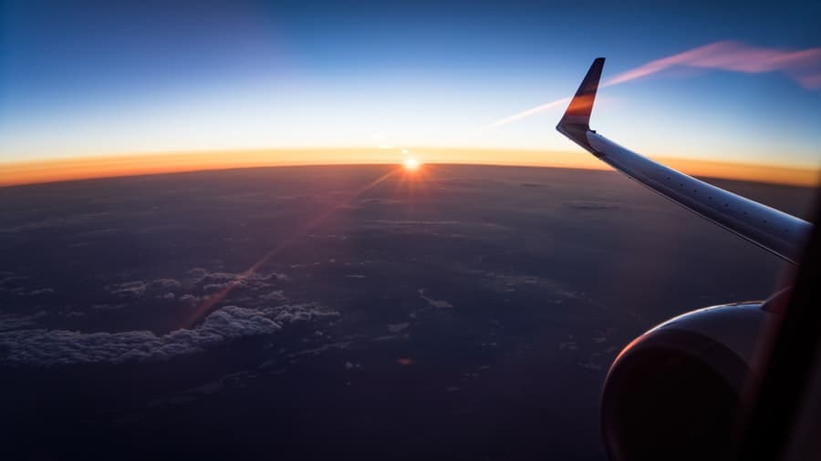 The Best Flight Booking Hacks That Could Save You Money