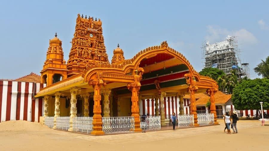Nallur-Kandaswamy-Temple-Sri-Lanka