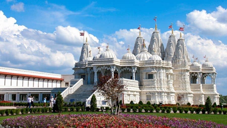 BAPS-Shri-Swaminarayan-Mandir-Toronto